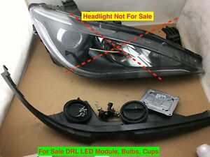 2017 2018 2019 Chrysler Pacifica Right Led Drl Module Headlight Cup Set Oem