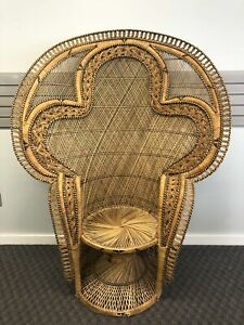 Vintage King Cobra Wicker Chair Peacock Mid Century Modern Boho Chic Fan Rattan