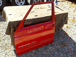 97 01 Jeep Cherokee Xj Driver Left Front Oem Flame Red Door Shell Local Pick up