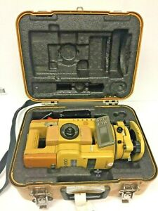 Topcon Gts 302d Surveying Total Station With Battery Cabling And Case Used