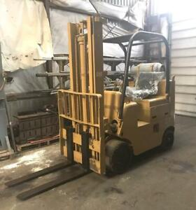 Cat T80cstr 8000 Lb Forklift 156 Lift Liquid Propane 2500 Hours