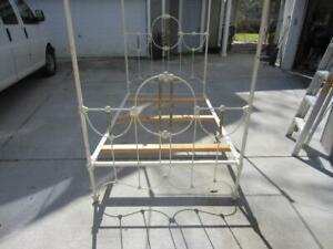 Fabulous Antique Iron And Brass Canopy Bed Very Nice