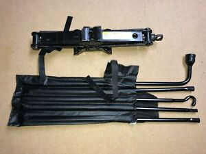 2010 2018 Dodge Ram 1500 Jack And Spare Wheel Tools