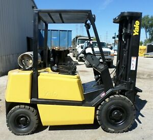 Yale Model Glp050tf 1996 5000 Lbs Capacity Great Pneumatic Tire Forklift