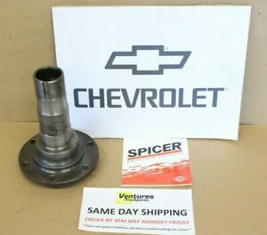Chevy Dana 44 Front 4x4 6 Lug 1 2 Ton Small Bearing Spindle 1973 1976