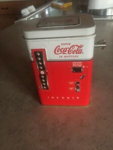 Coca Cola Vending Machine Music Box - I'd  Like To Teach The World To Sing Tune