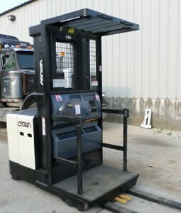 Crown Sp3505 30 2008 3000 Lbs Capacity Great Electric Order Picker Forklift