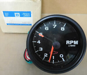 Gm autometer 10185202 Bowtie Phantom Tach 8 000 Rpm 5 Dia