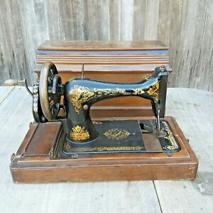 Antique Singer 28k Hand Crank Sewing Machine W Coffin Case P553394 1901