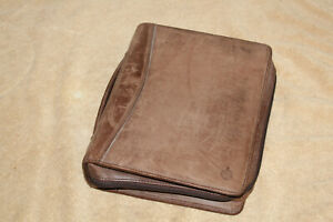 B9 Franklin Covey 7 Ring Organizer Planner Distressed Brown Leather 10 X 8