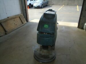 Tennant nobles Speed Scrub 20in Floor Scrubber