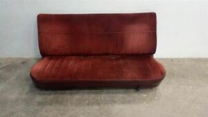 Red Cloth Front Bench Seat From 1984 Chevy Suburban 7417611