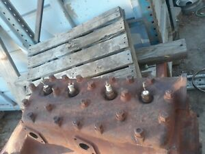 Ford V8 Flathead Engine 21 Stud Vintage Classic Rat Rod 1930s