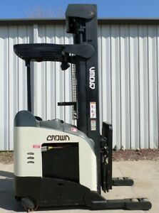Crown Model Rr5225 45 2007 4500 Lbs Capacity Reach Electric Forklift