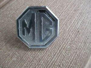 Vintage Mg Grill Emblem 2 Bolt On Mount Pins Mga Or Mgb Year Unknown Man Cave
