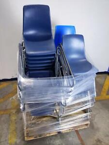 Lot Of 29 Office School Stacking Chairs Local Pickup Please Read