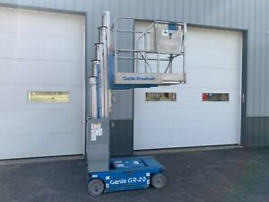 2014 Genie Gs1930 19 Electric Self Propelled Scissor Lift 25 Working Height