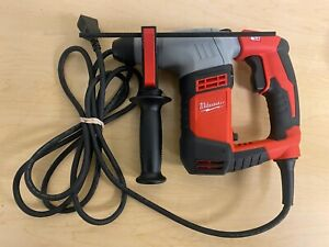 Milwaukee 5263 20 5 8 Sds Plus Rotary Hammer Drkill Nice Little Compact Drill