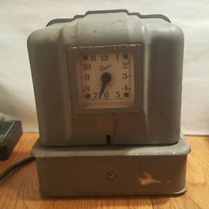 Vintage Simplex Time Recorder Keeper Punch Clock Record Keeper Works
