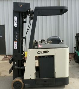 Crown Rc3020 40 2002 4000 Lbs Capacity Great Electric Stand Up Docker Forklift