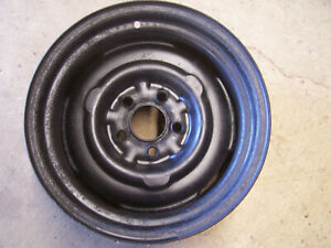 Mopar 14 X 5 1 2 J Steel Wheel Rim 5 On 4 Bolt Pattern 340 Dart Duster Barracuda