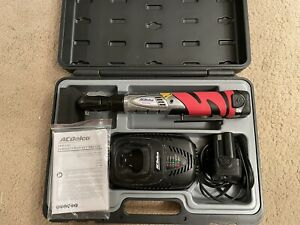 Acdelco Cordless 3 8 Ratchet Wrench W 2 Batteries Tool Set Carry Case Arw1201