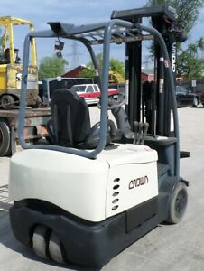 Crown Sc5220 35 2010 3500 Lbs Capacity Great 3 Wheel Electric Forklift