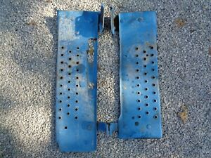 Ford Tractor 801 841 861 Running Boards Left Right W mount Brackets