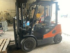Fork Lift Doosan Pro 5 30 used Model D306 5 Only 2714 Hours Of Use