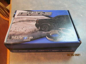 Fabtech Ftl5105 Leveling Kit For 11 19 Gm 2500hd 4wd Raises Front 2 25 Inches