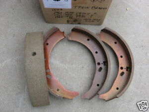 Front Brake Shoes 1958 1974 Dodge Gmc Chevy Ford International Truck Bus 321