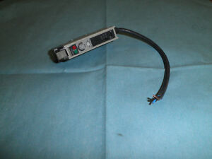 Omron Type E3x a11 Photoelectric Switch