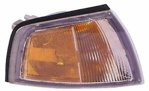 Right Corner Light Fits 97 02 Mitsubishi Mirage Coupe Turn Signal Light New