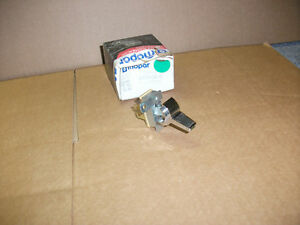 1978 93 Dodge Truck Auxiliary Ac And Heater Switch 4034364 3747041