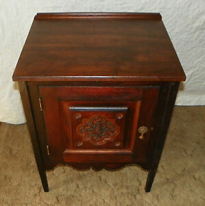 Walnut Carved Cabinet Nightstand Dr6