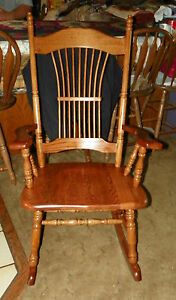 Oak Spindle Rocker Rocking Chair R157