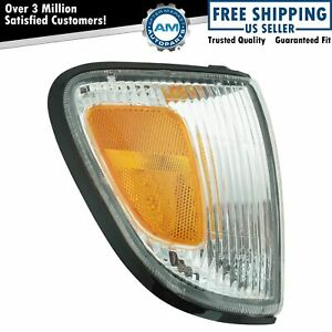 Side Corner Parking Light Right For Toyota Tacoma 97 00