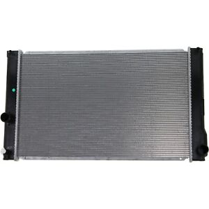 Radiator For 2010 15 Toyota Prius 2012 15 Prius Plug in 1 8l 1 Row