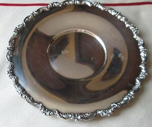 Silverplate Circular Tray Platter Epca Old English Poole 5025 Ornate Sandwich