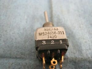 Eaton Cutler hammer 8867k3 Toggle Switch Ms24656 311 New Old Stock