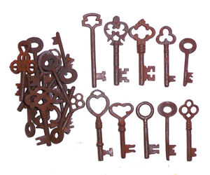 Antique Iron Skeleton Keys Lot Of 50 Steampunk