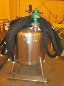 12118 130 Approximately 100 Gallon Vertical Stainless Steel Tank