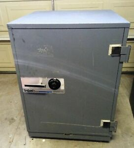 Schwab Fireguard 2532cts Media Safe 1 Hour Fire Proof Class 125 On Wheels Rare