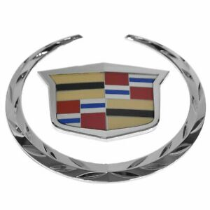 Oem 22985036 Emblem Crest Wreath Grille Mounted 2 Piece For Cadillac