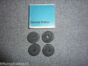 1955 56 57 Chevy Nos Front Engine Mounting Cushions Gm Part 3714357 Set Qty 4