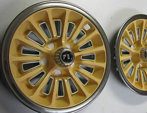 79 Amc Concord Spirit Pacer 2 Nos Saxon Yellow Wheel Covers