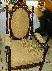 Walnut Carved Spindle Armchair Chair Ac163