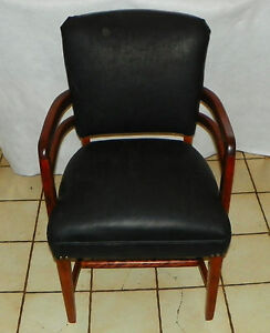 Cherry Black Leather Armchair Office Chair Bm Ac7