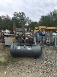12181 006 Used Saylor beal Model 92524 d Tank Mounted Air Compressor