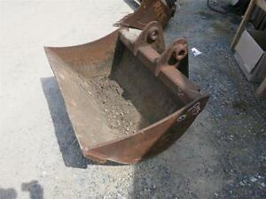 48 Cp Pin On Grading cleanout Bucket For Terex Hr42 Excavators